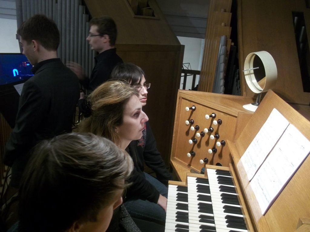 Beatrice Piertot et ses assistants